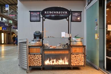 POS SHOP DESIGN Verkaufsstand Rubenbauer Hauptbahnhof München