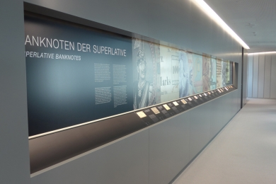 Banknotenausstellung HVB Tower